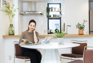 ブランド家具の「掘り出し物」で実現する素敵な住空間の魅力